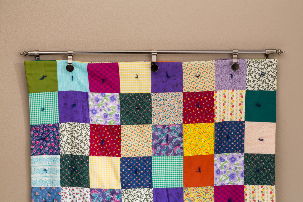 Wall Hanger with Quilt